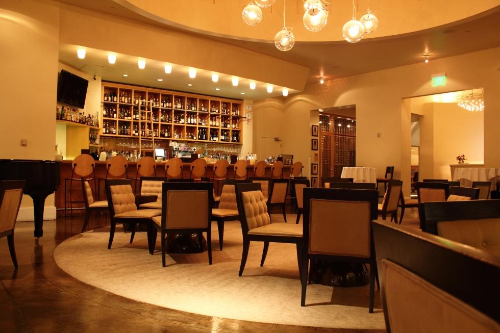 Delmonico Steakhouse Bar